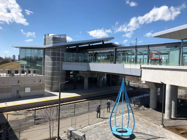 Snapshot of Bayview Station - April 13, 2019