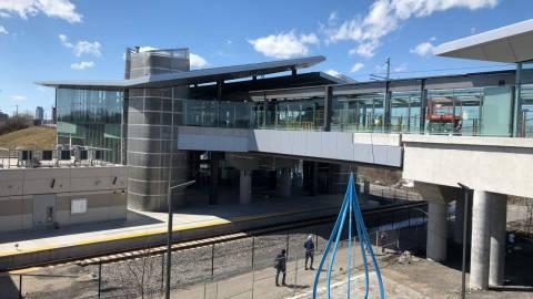 Snapshot of Bayview Station - April 13, 2019