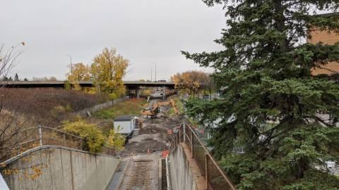 Snapshot of Mooney's Bay Station - October 27, 2020