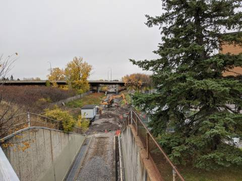 Snapshot of Mooney's Bay Station - October 27, 2020